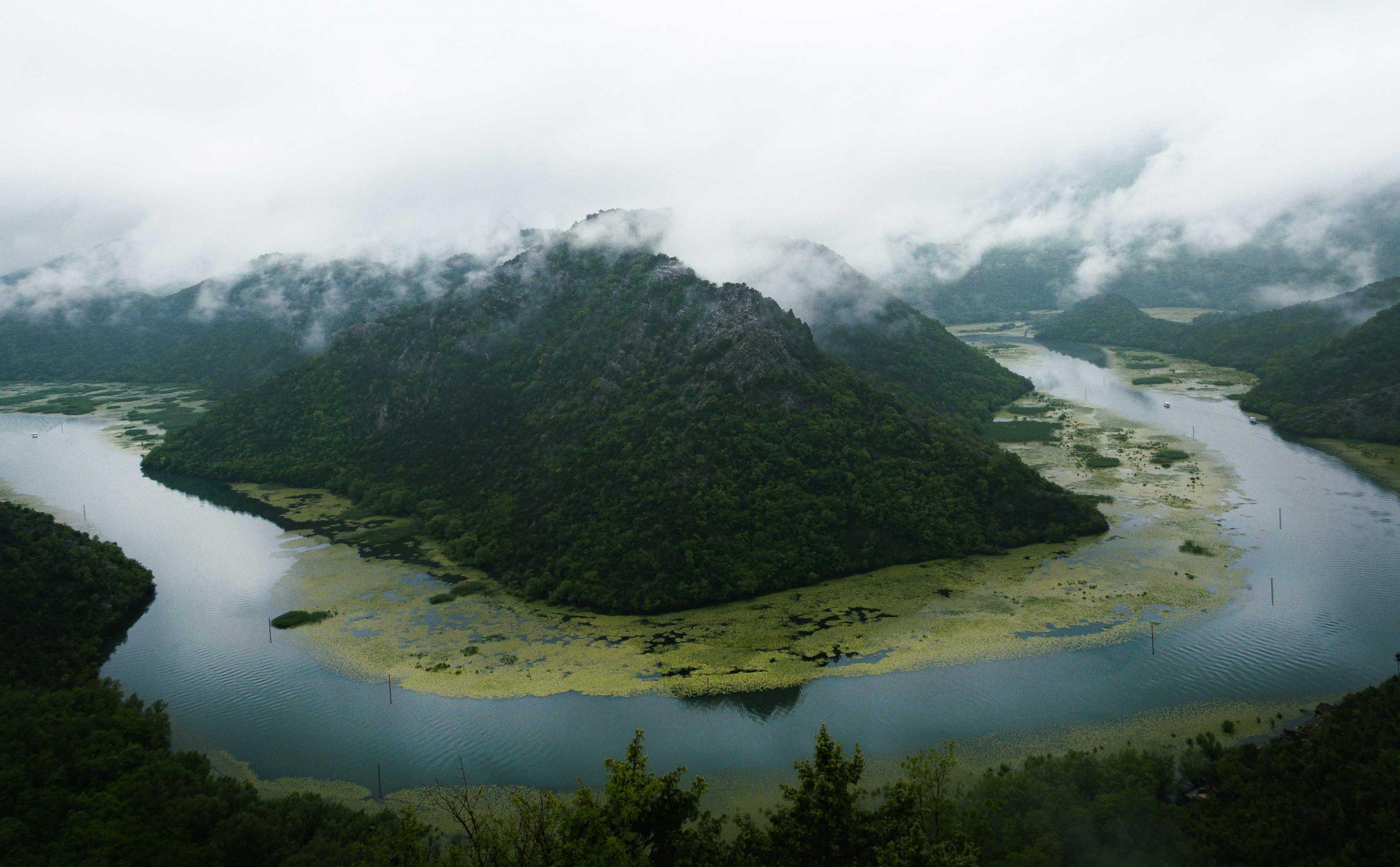Lake Skadar horsebend